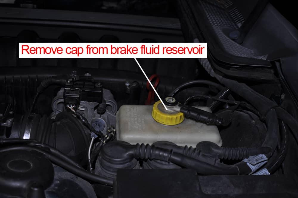 Brake Fluid Flush >> Brake Fluid Flush - BMW E36 M3 - BMW Repair Guide