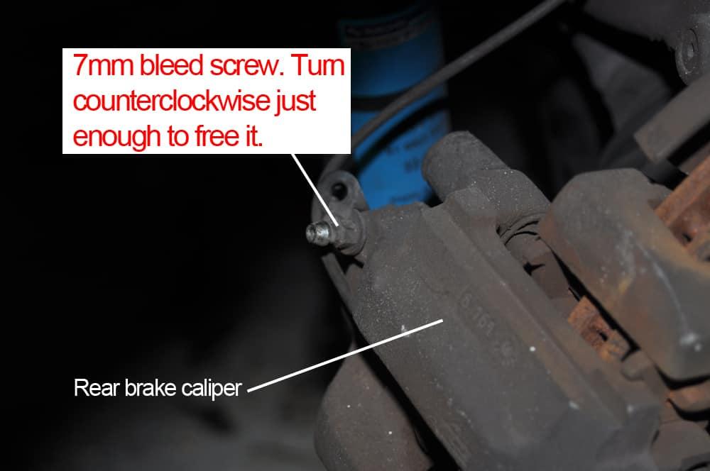 brake fluid flush bleeder screw
