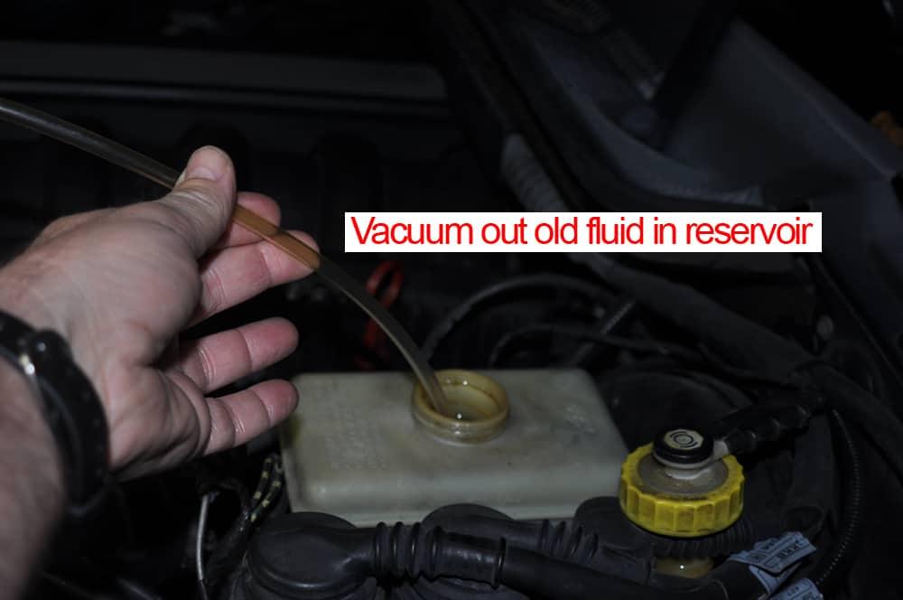brake fluid flush vacuum old fluid