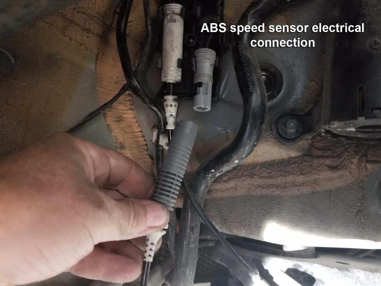 abs wheel speed sensor replacement bmw e9x