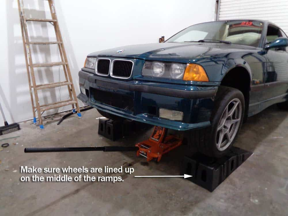 bmw jacking and supporting - Place wheel ramps under the front wheels