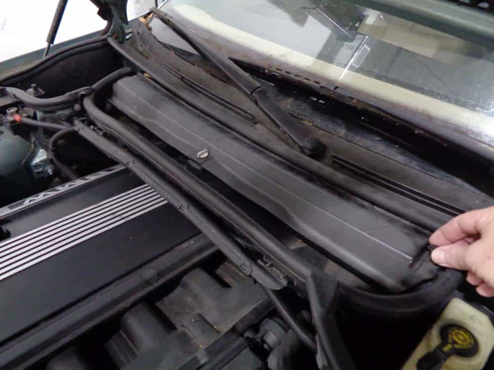 BMW rough idle on startup - Remove the cabin filter cover