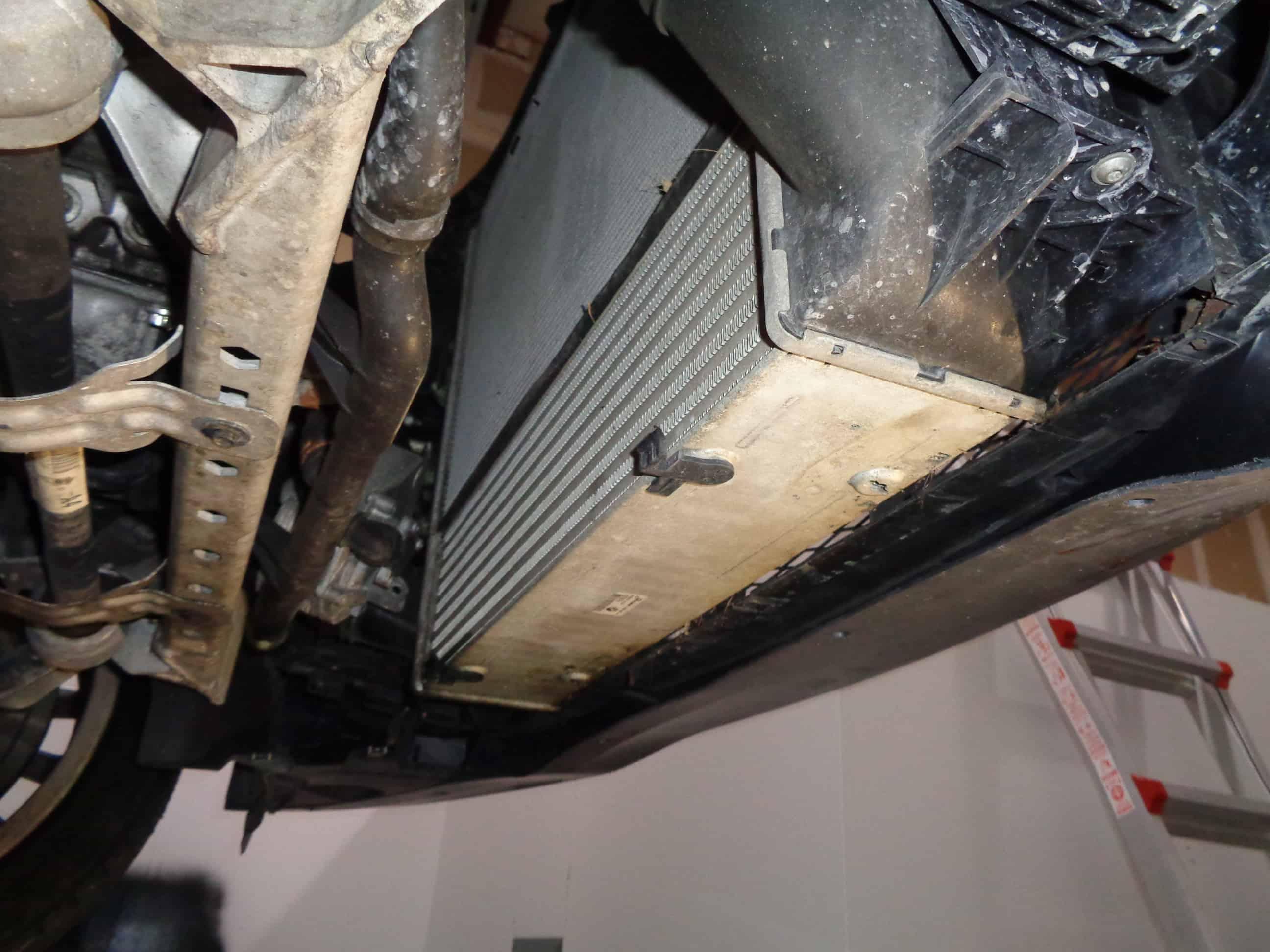 BMW E90 radiator