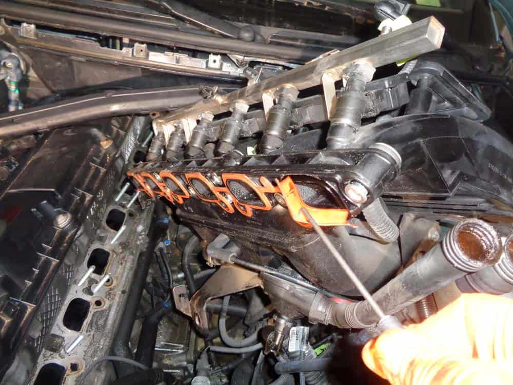 bmw e46 intake manifold gasket repair 3 series m54 engine. Black Bedroom Furniture Sets. Home Design Ideas