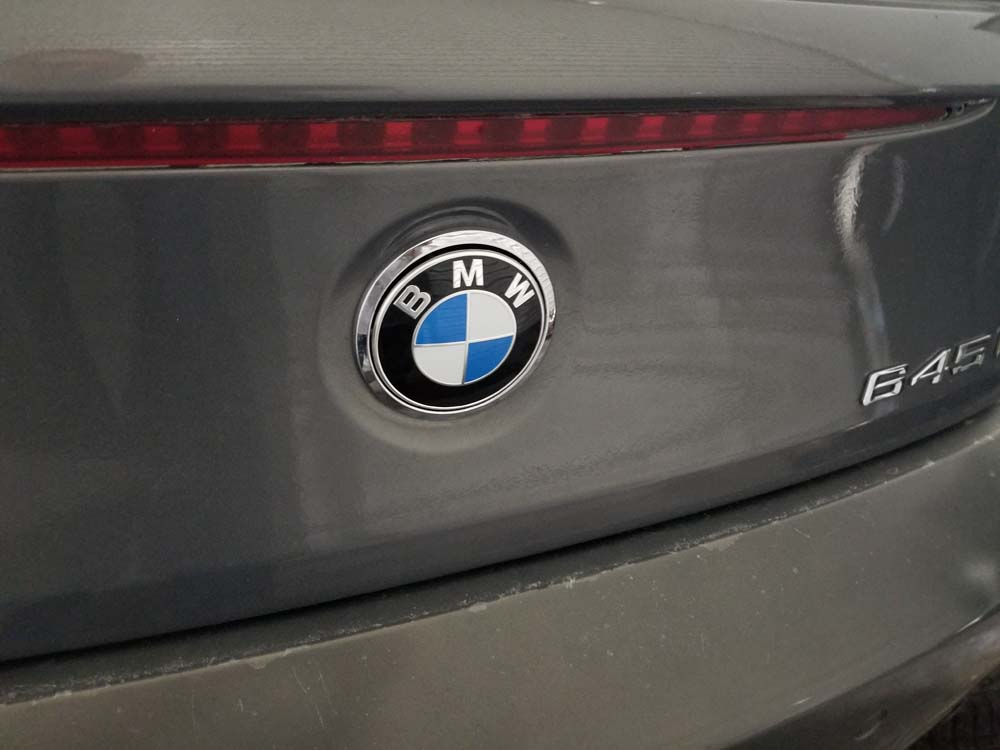 BMW 645ci emblem replacement