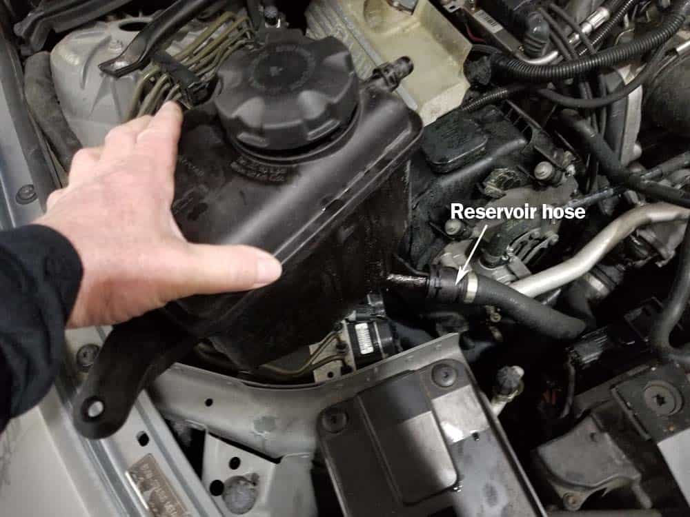 bmw coolant reservoir replacement