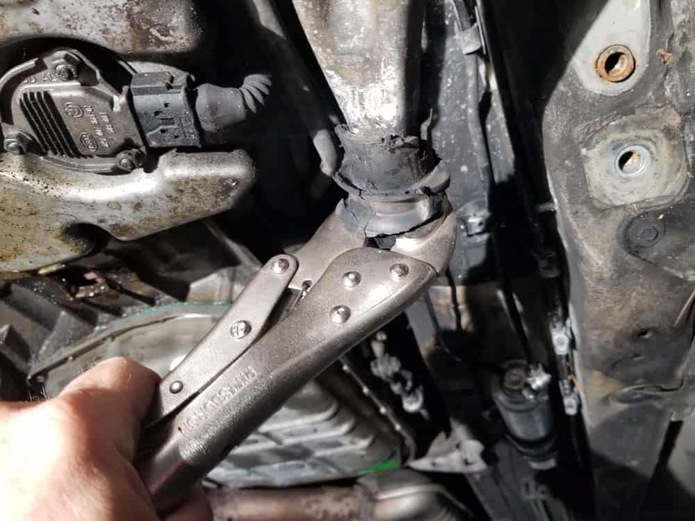 remove control arm metal core
