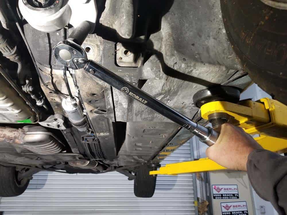 torque control arm bushing bolts