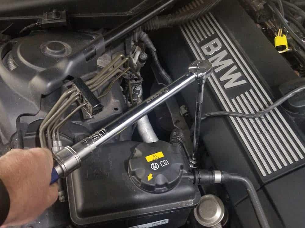 torque new front oxygen sensors