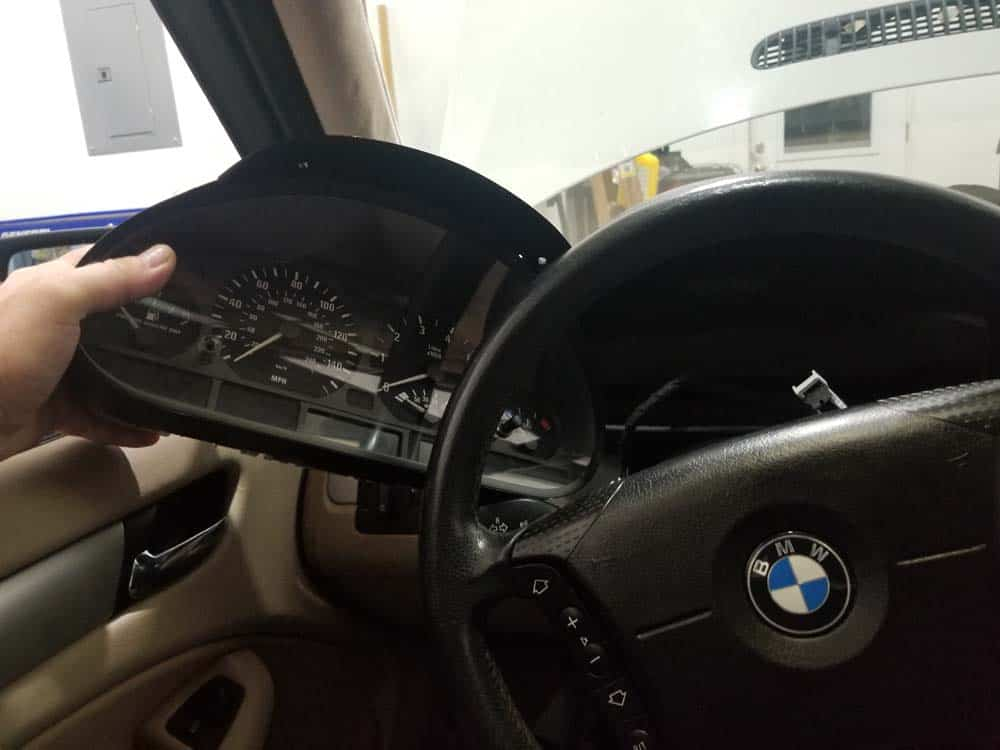 remove instrument cluster from behind steering wheel