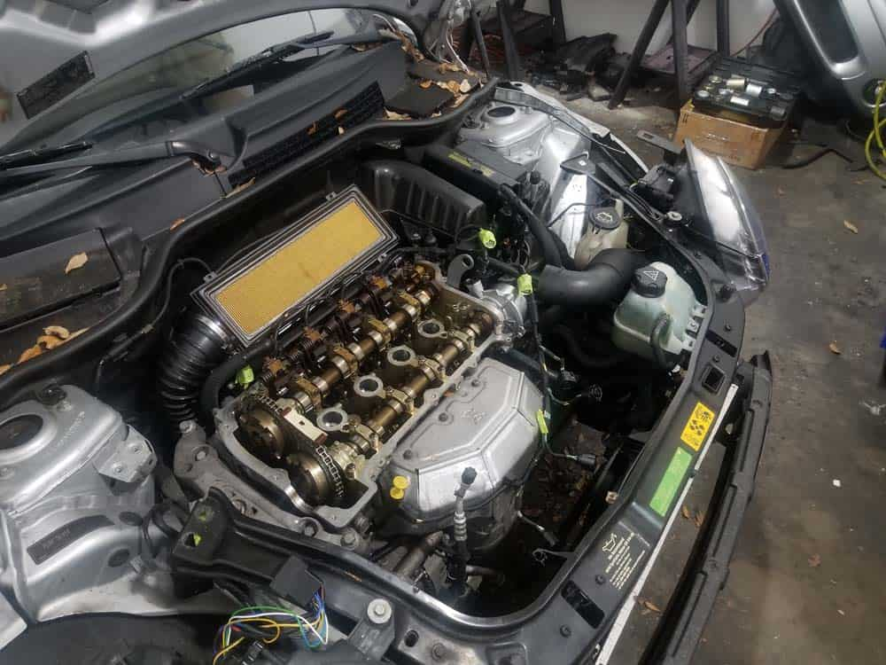 MINI R56 service position