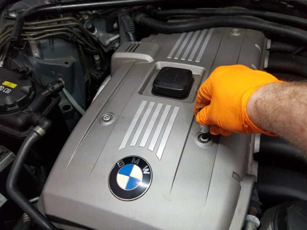BMW E60 valve cover repair - remove engine cover