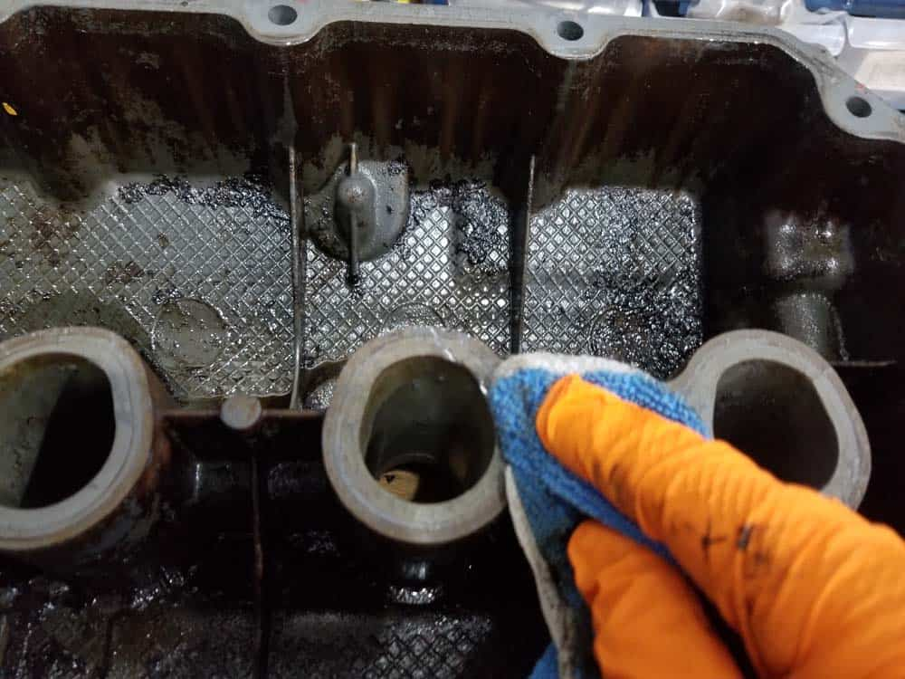 Make sure gasket surfaces are thoroughly wiped clean