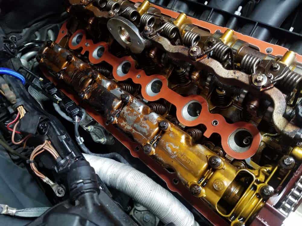 BMW E60 valve cover repair - interior spark plug tube gasket