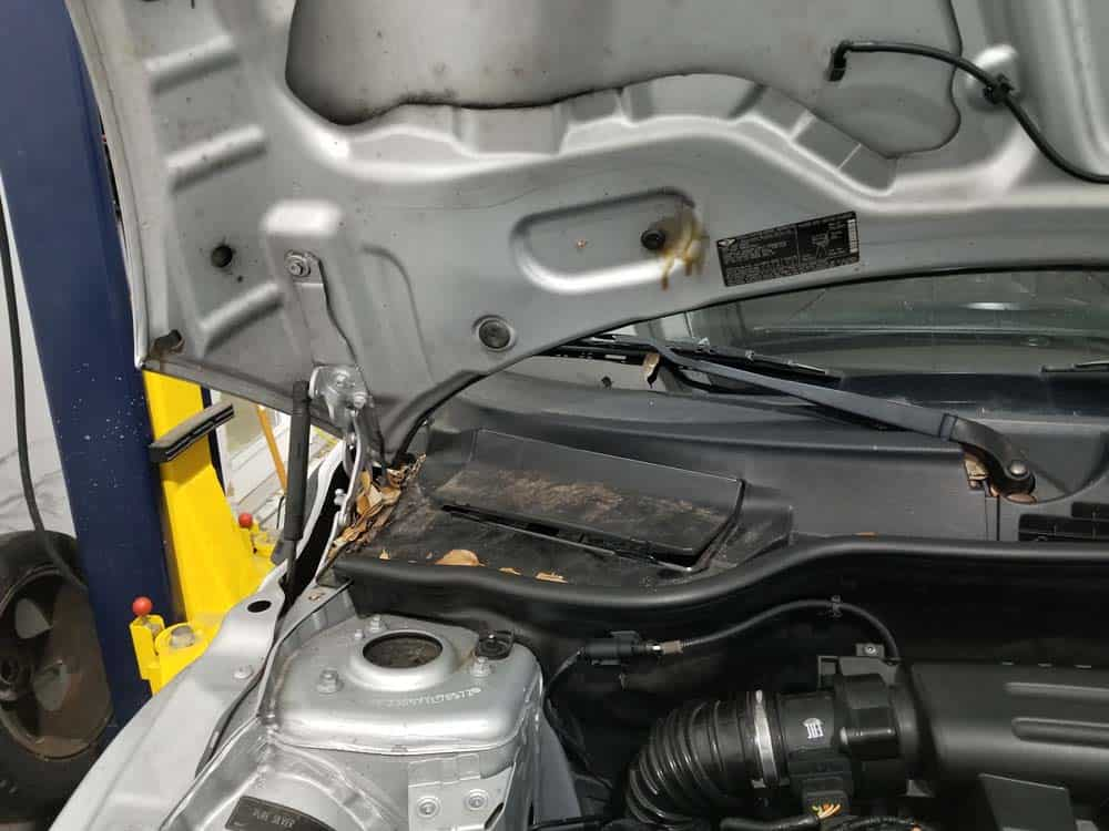 MINI R56 battery replacement - locate battery under hood