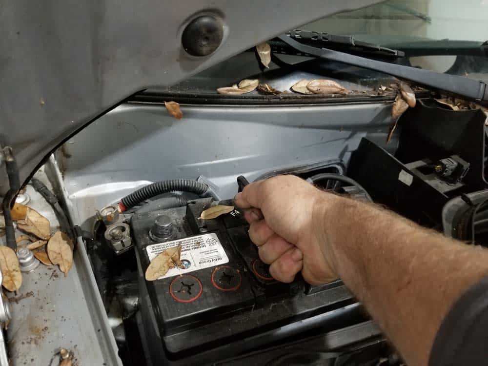 MINI R56 battery replacement - remove battery from engine compartment