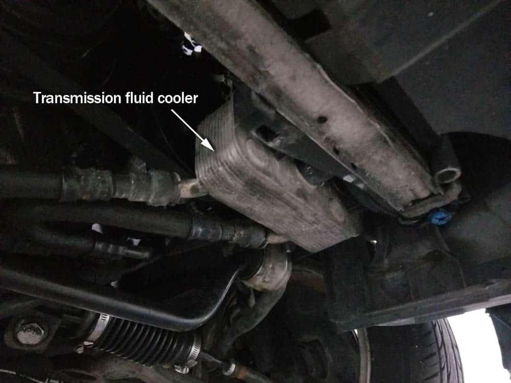 bmw e46 radiator - locate the transmission fluid cooler