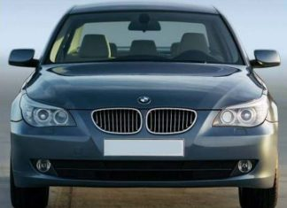 Front view of the 2008 BMW E60 with LCI updated front end