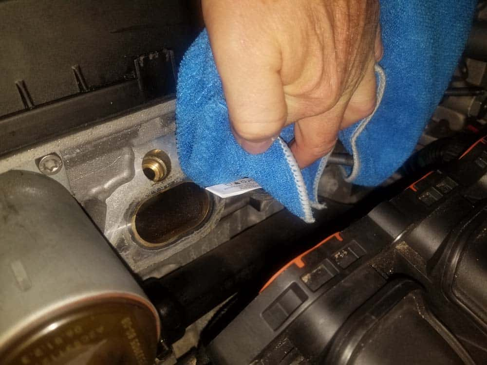 MINI R56 intake gasket repair - Wipe the cylinder head down with CRC Brakleen to remove any dirt and grease