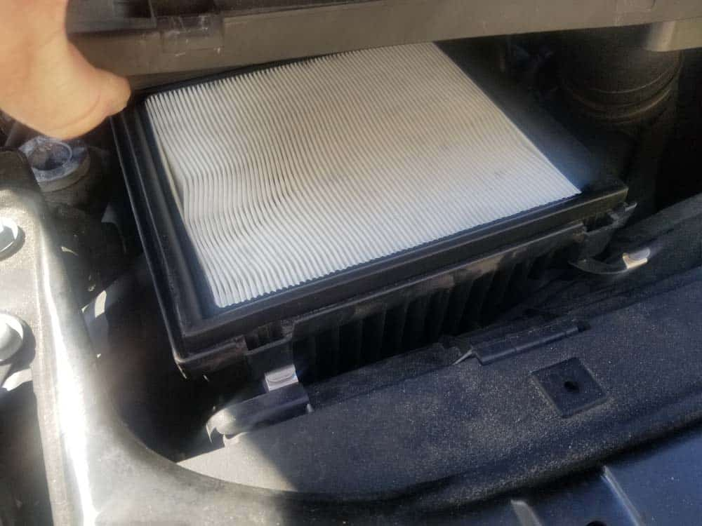 bmw f30 air filter replacement - The engine air filter