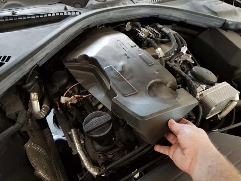 Remove the engine sound insulation