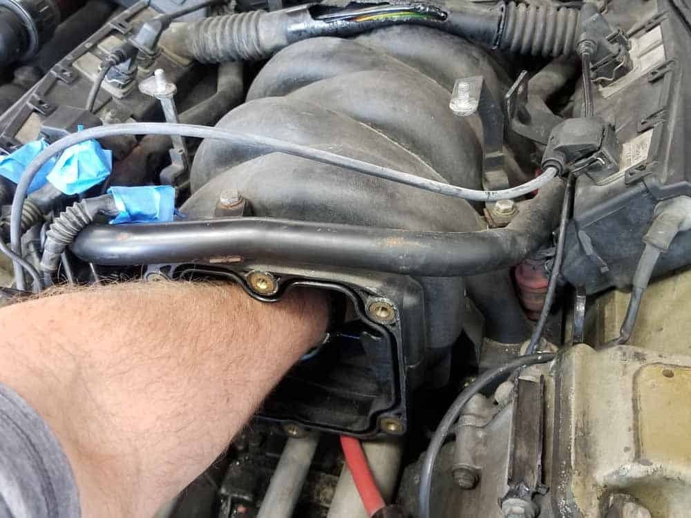 bmw M60 throttle body gasket replacement - Wipe down the inside of the intake manifold with CRC Brakleen
