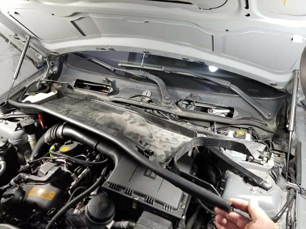bmw n55 valve cover gasket replacement - Remove the lower cabin filter housing from the vehicle.