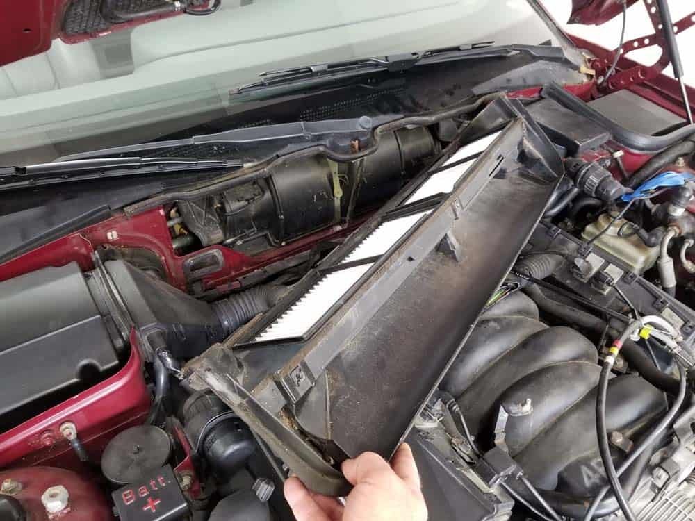 bmw m60 pcv valve replacement - Remove the heater closing panel from the vehicle.