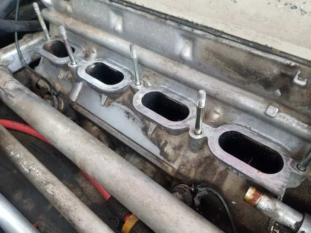 bmw m60 intake manifold gasket replacement - A properly cleaned cylinder head
