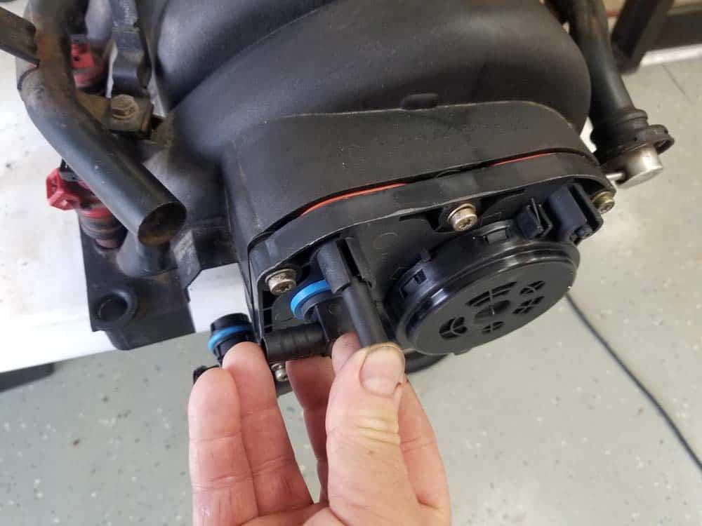 bmw m60 pcv valve replacement - Install new vacuum caps on the PCV valve