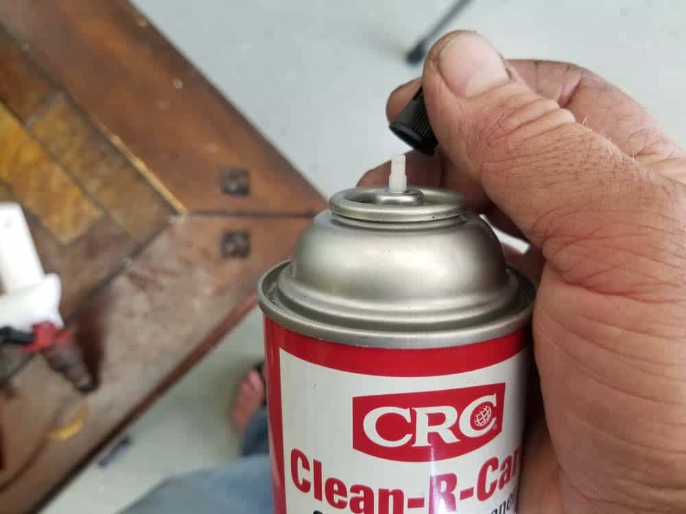 fuel injector cleaning kit - Remove the nozzle from the aerosol cleaner can
