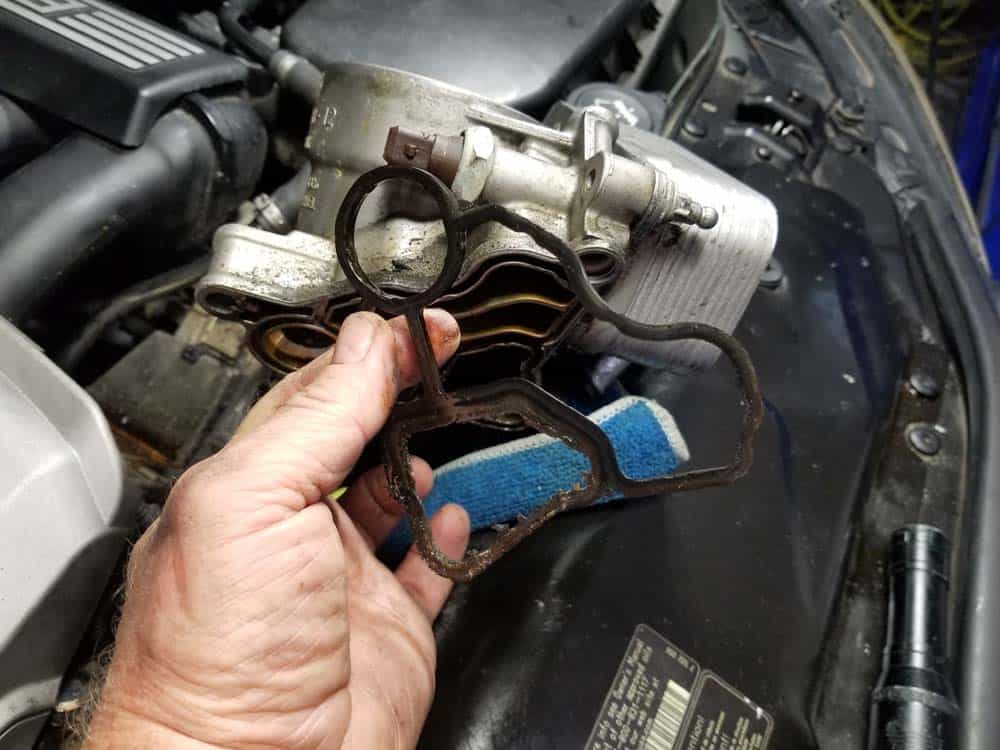 bmw n52 oil filter housing gasket replacement - Remove the old oil filter mount gasket