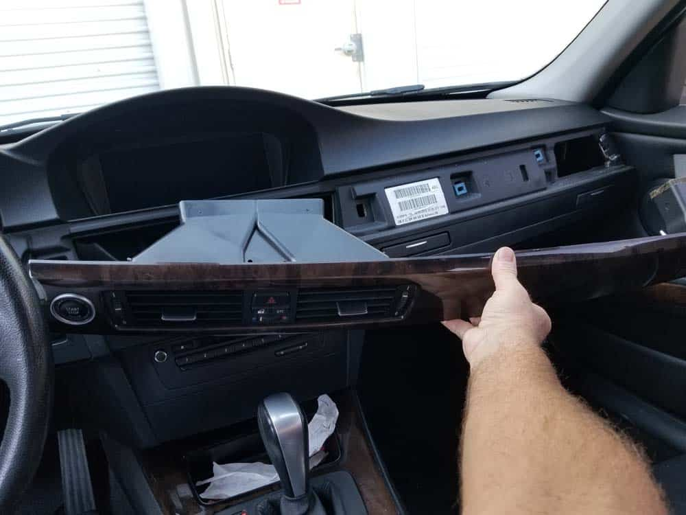 bmw e90 start button replacement - Remove the rest of the dashboard trim