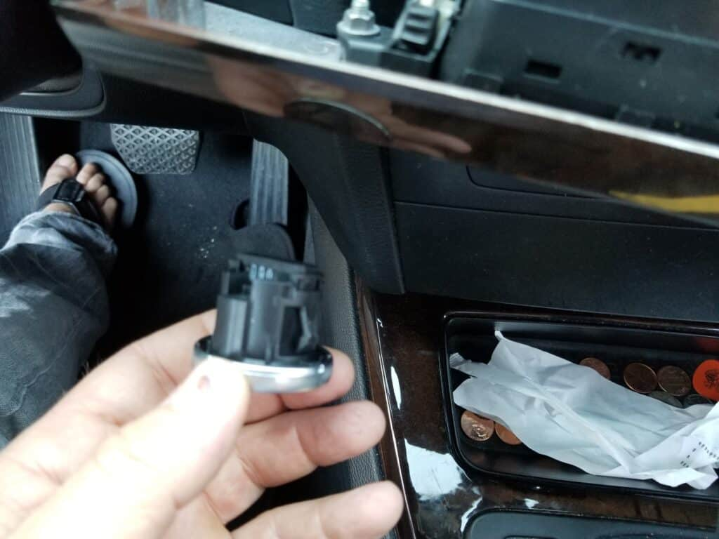 Remove the start/stop switch from the dashboard trim