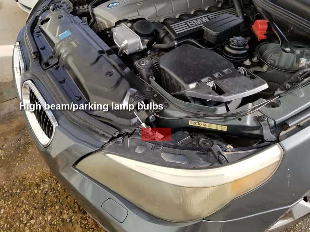bmw e60 parking lamp angel eye bulb replacement - Locate the location of the bulbs