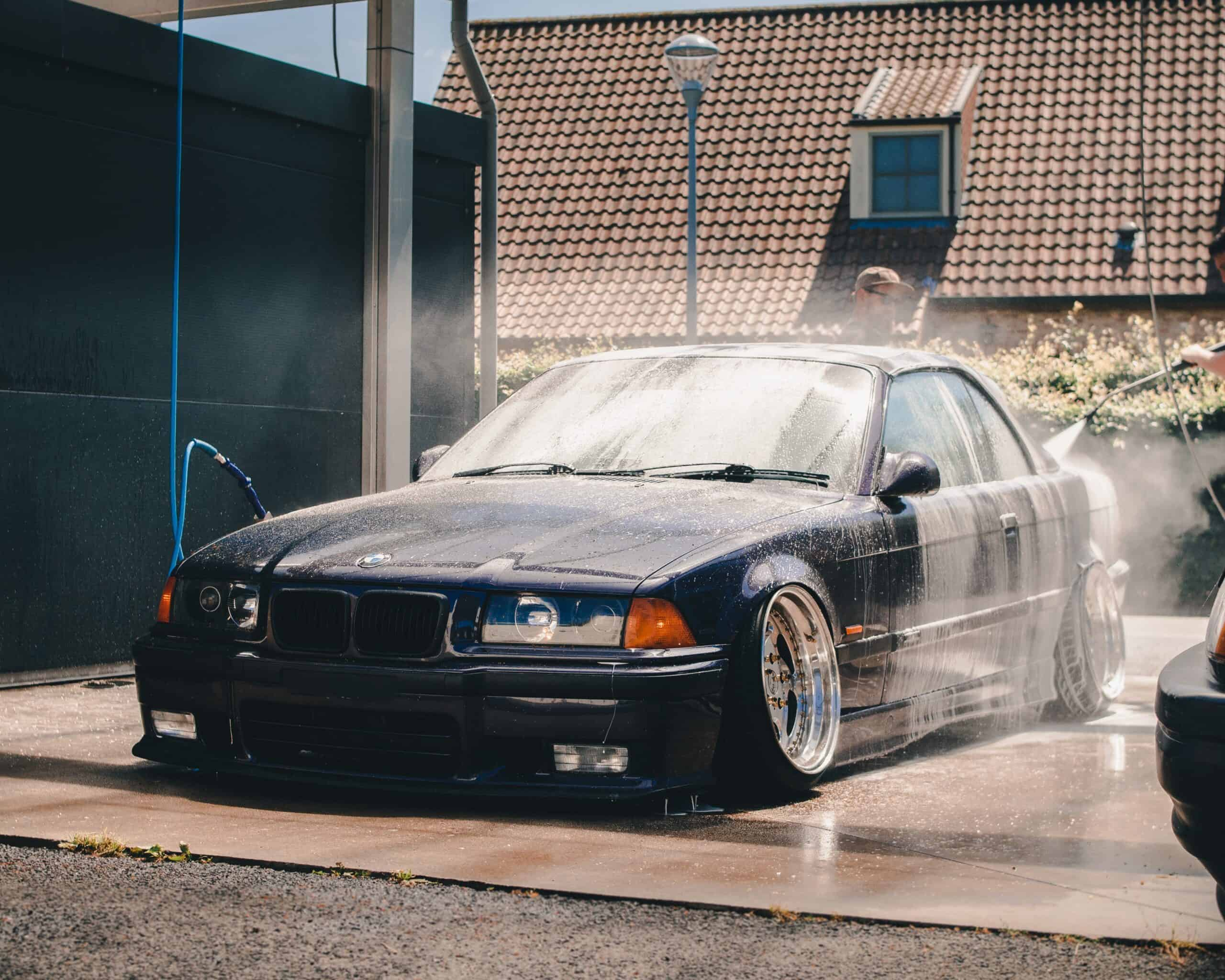 BMW Car Wash Guide - how to clean bmw alloy wheels