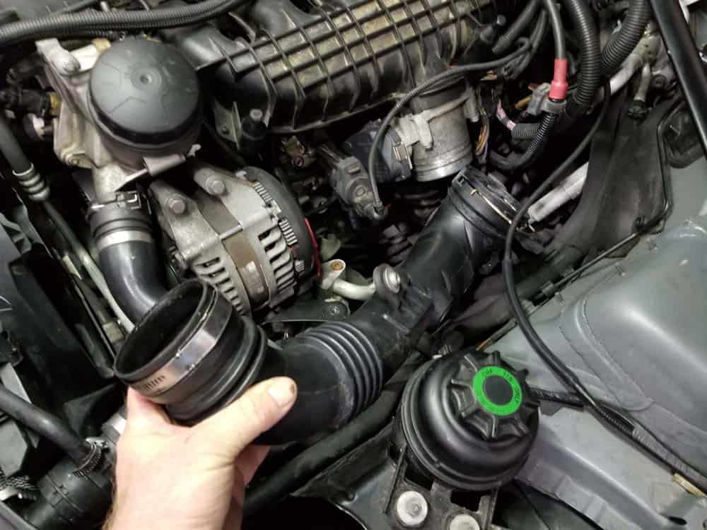 bmw n55 starter replacement - Remove the induction charge pipe from the engine