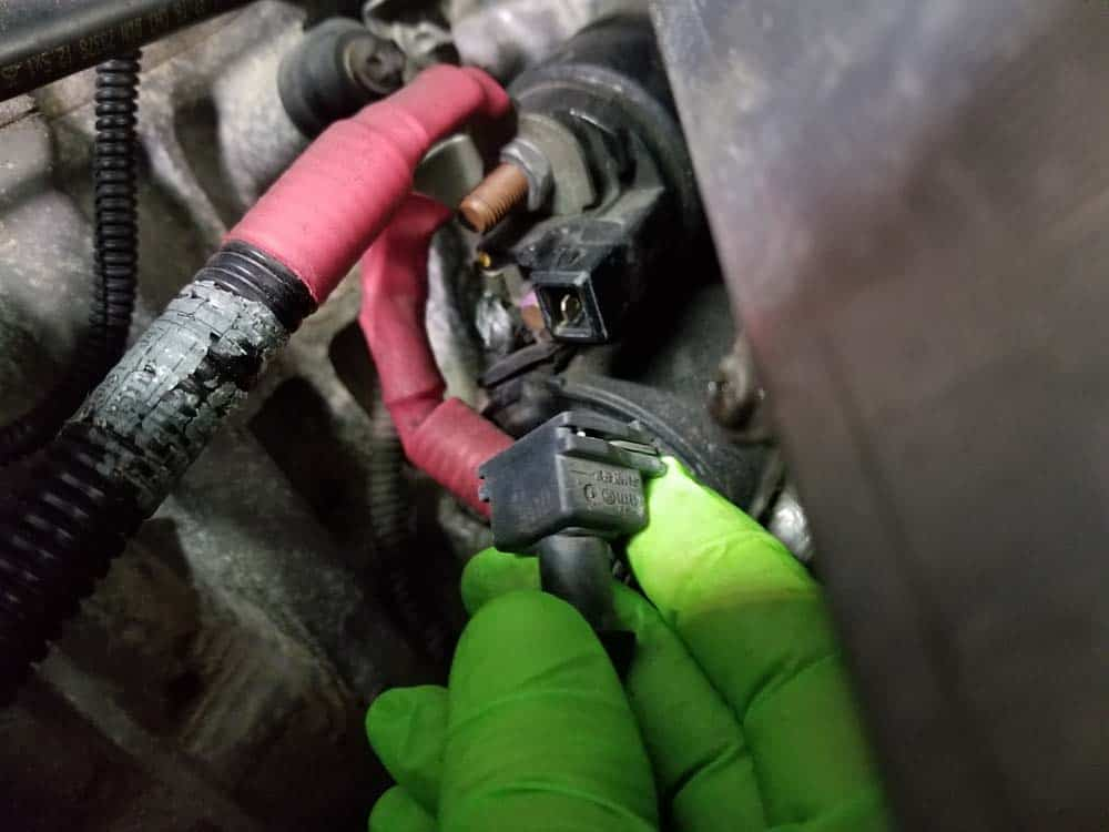 bmw n55 starter replacement - Unplug the sensor wire from the starter motor