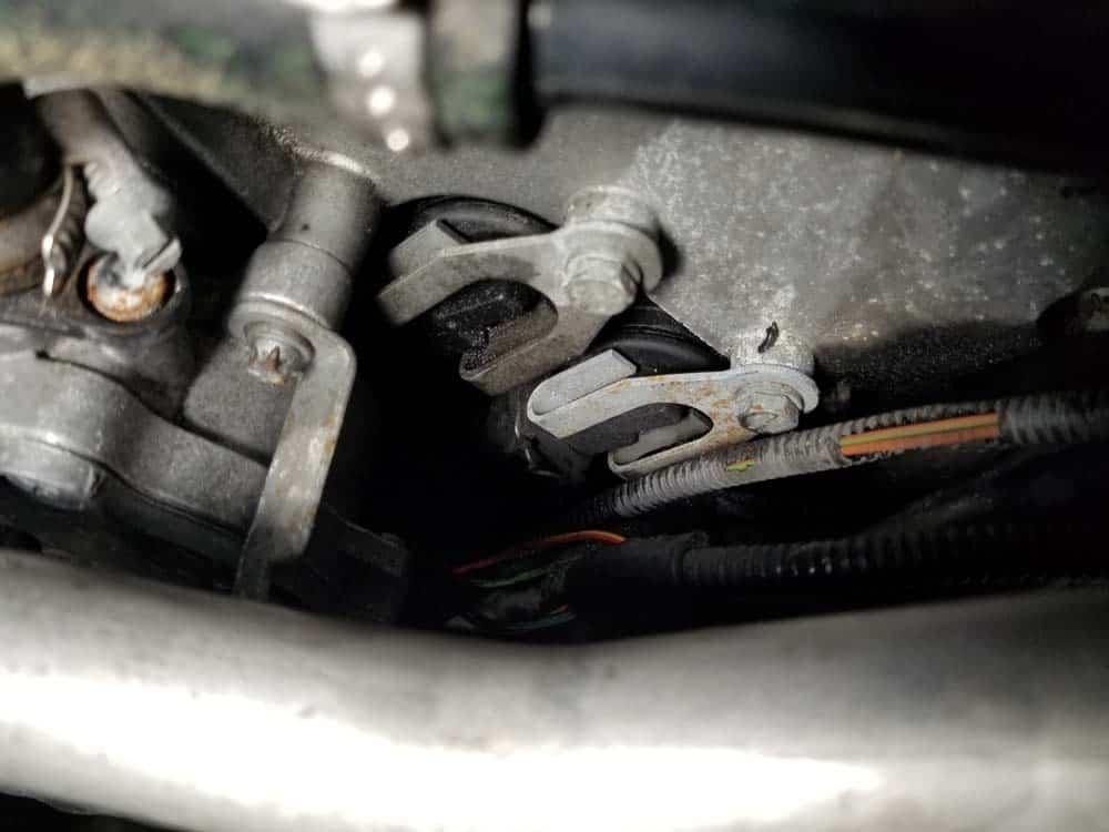 The solenoid valve plugs