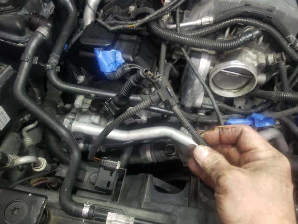 bmw n62 intake manifold gasket replacement - The vacuum pump and ac compressor plugs