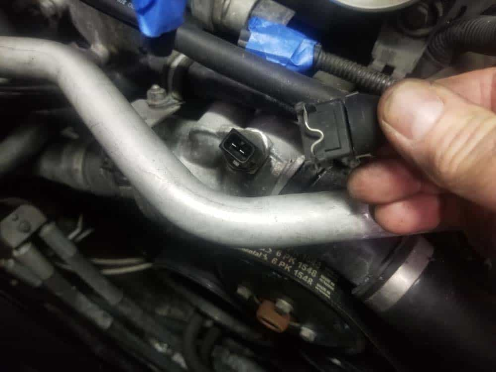 bmw n62 fuel injector replacement - Unplug the water pump