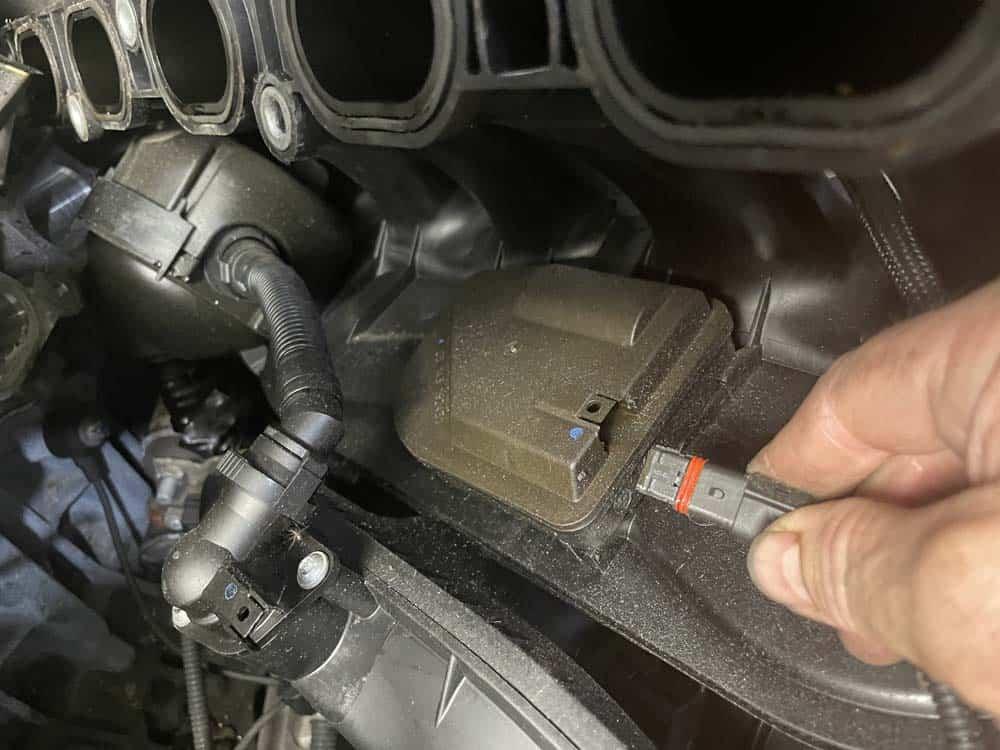 Unplug the inner DISA valve